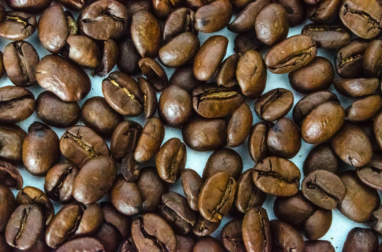 Koffeinfreier Kaffee – wie schonend ist er und wie funktioniert die Entkoffeinierung?